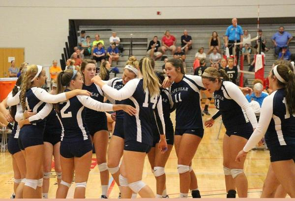 Women's Volleyball Bounces Back