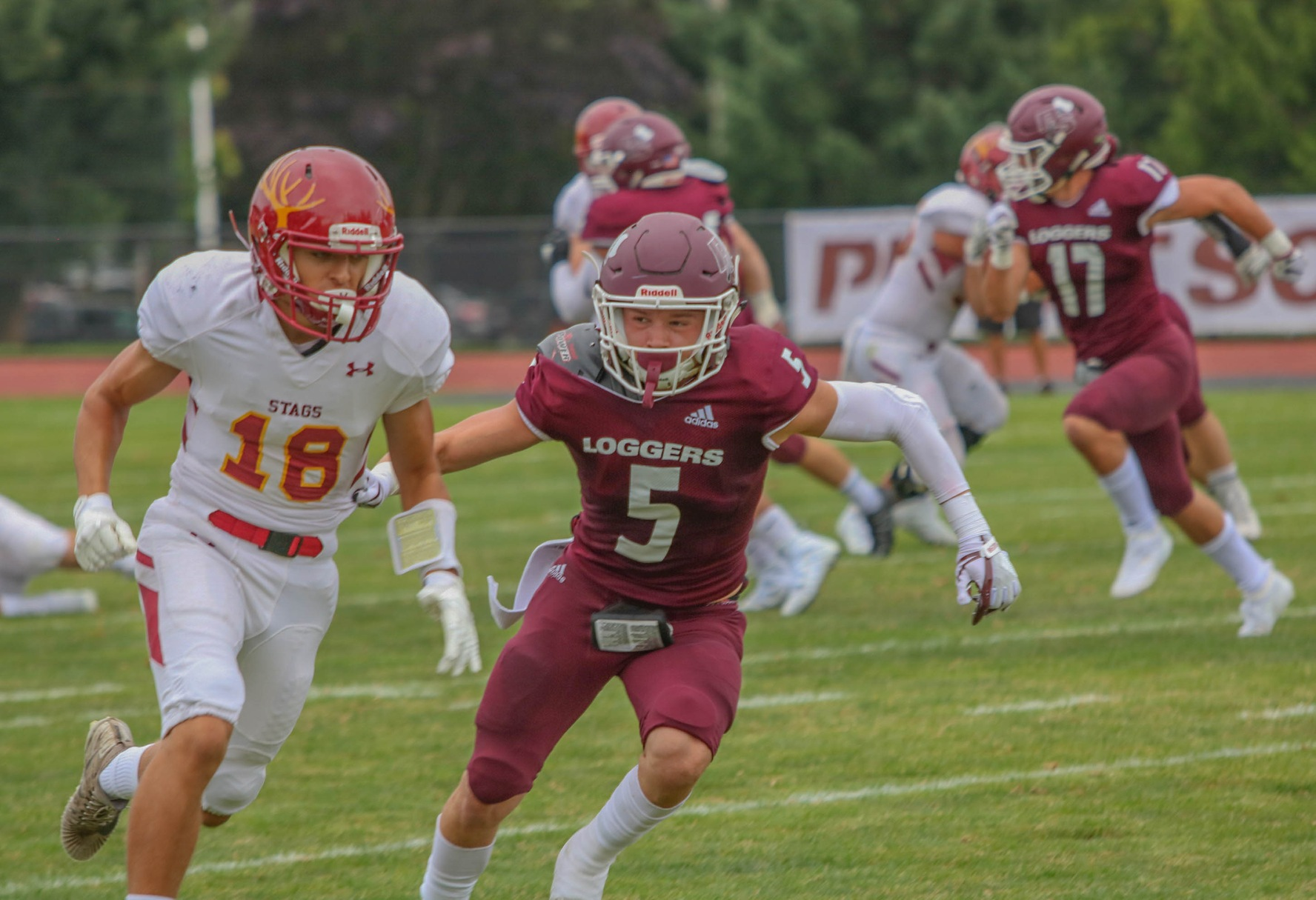 Puget Sound tops defending SCIAC Champs, 21-17