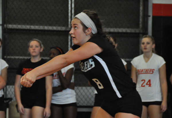 Volleyball: Panthers sweep Agnes Scott at Huntingdon Jubilee