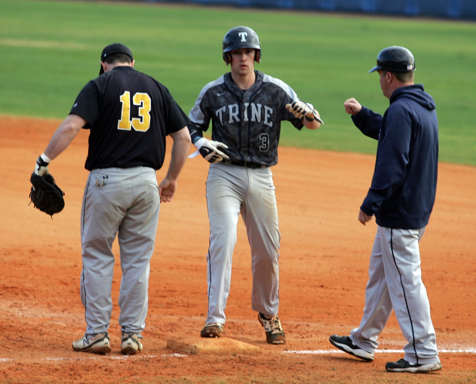 Baseball Ends Florida Trip With Split Against King's