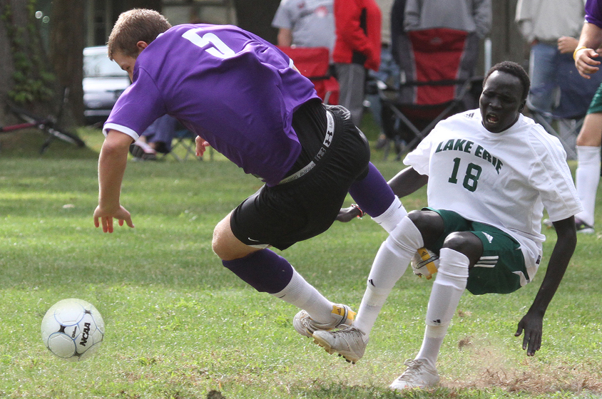 Two Goals Not Enough for Men's Soccer in Tiffin