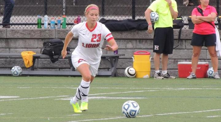 Women's Soccer Falters at University at New England, Suffers 3-0 Loss