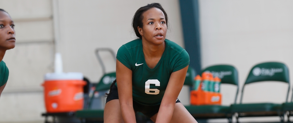 Gators Nipped by Buccaneers in Five Sets