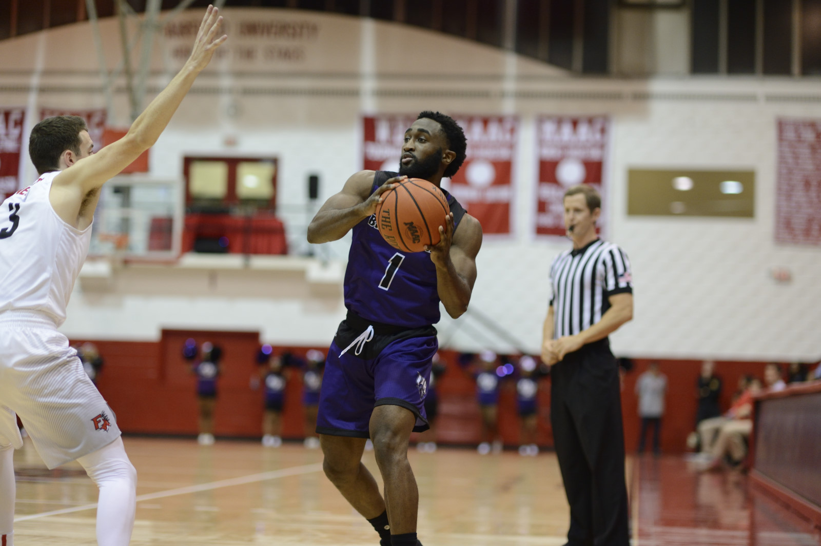 Offense Back In High Gear As Men's Hoops Sprints Past UDC With A 109-89 Victory