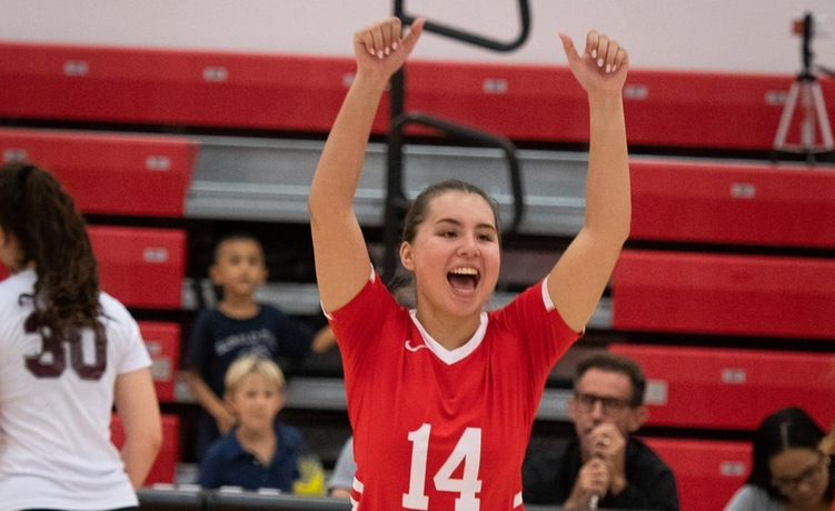 COD Women's Volleyball sweeps away the Brahmas for first time, 3-0