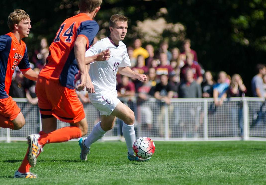 Calvin Men's Soccer Team Recharges for Upcoming 2016 Campaign
