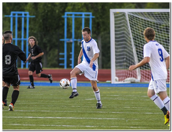 Mount men's soccer team battles to a 3-all double OT tie at Earlham College