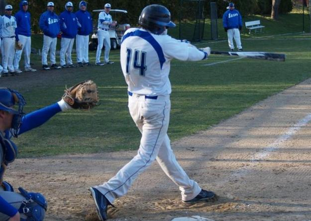 Politelli went 3-for-3 during Tuesday's loss