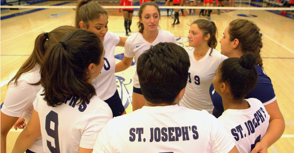 Women's Volleyball Notches League Win Over Yeshiva in Split of Tri-Match