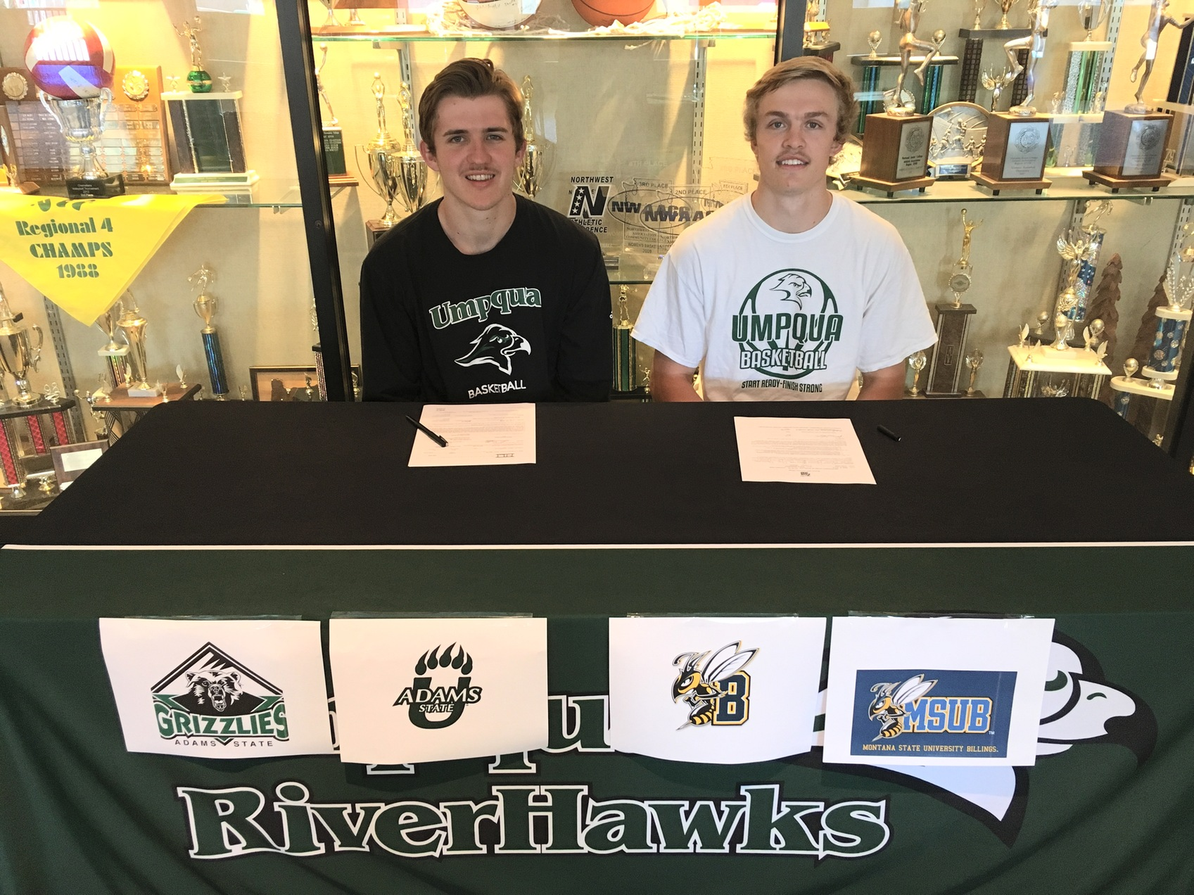 Sophomore RiverHawks Moving On