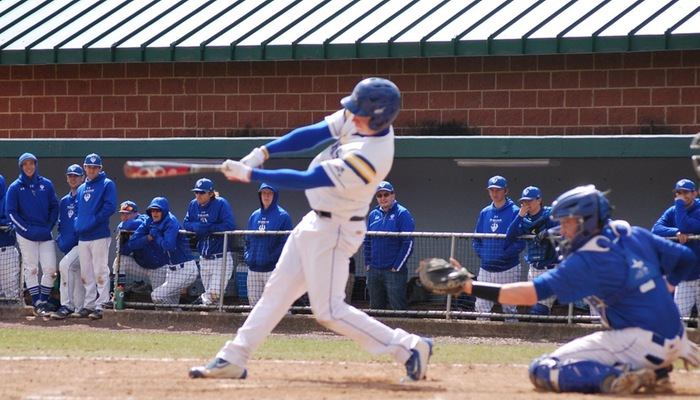 Big 5th Inning Lifts Generals