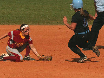 Ninth-Inning Run Sinks Bulldogs In Friday Game