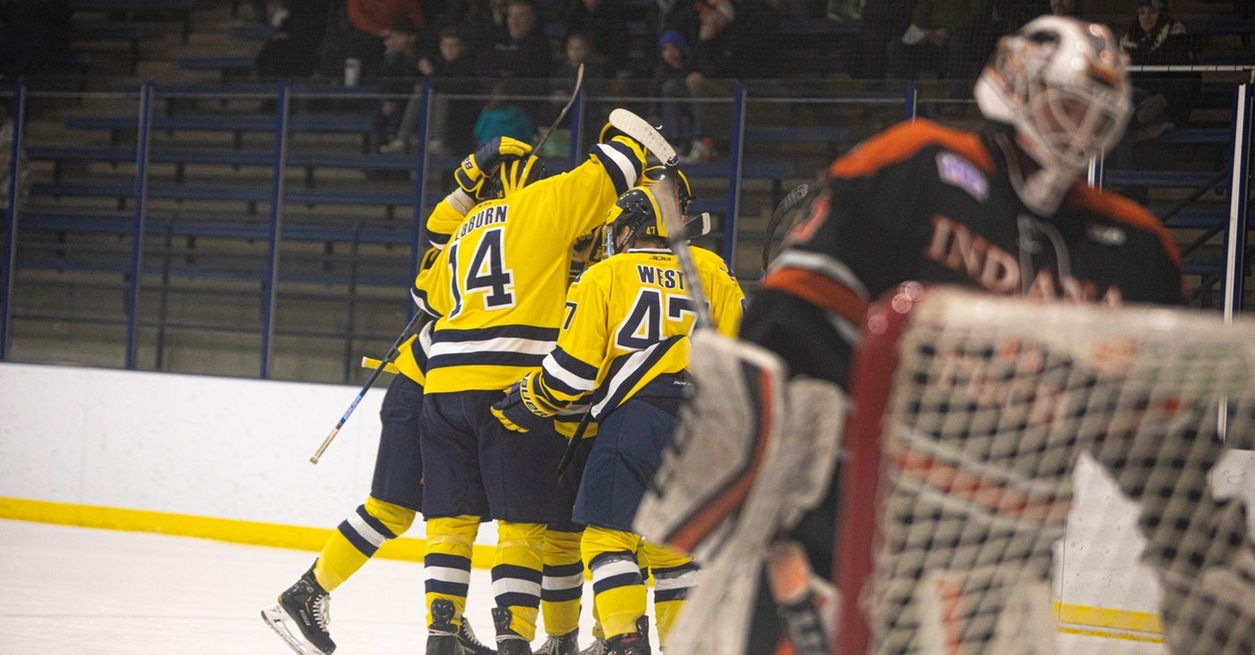 Early scoring propels Wolverines to win over Warriors