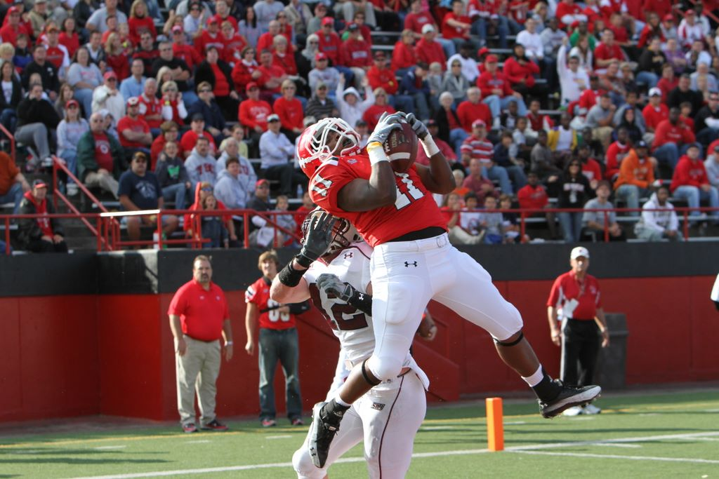 WR Kevin Watts hauls in a touchdown reception against Southern Illinois in 2010.