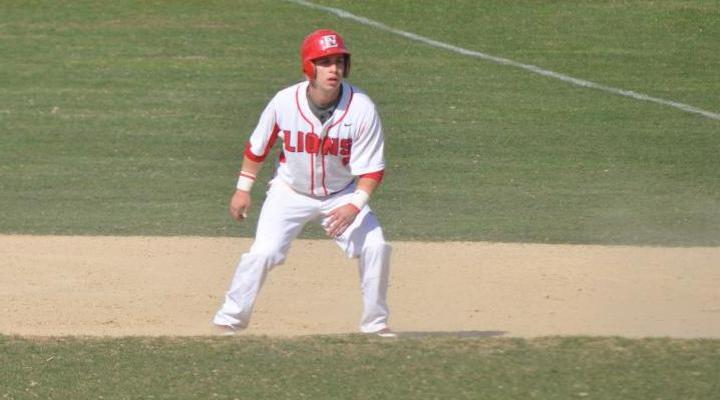 Baseball Splits Two-Game Set at Curry