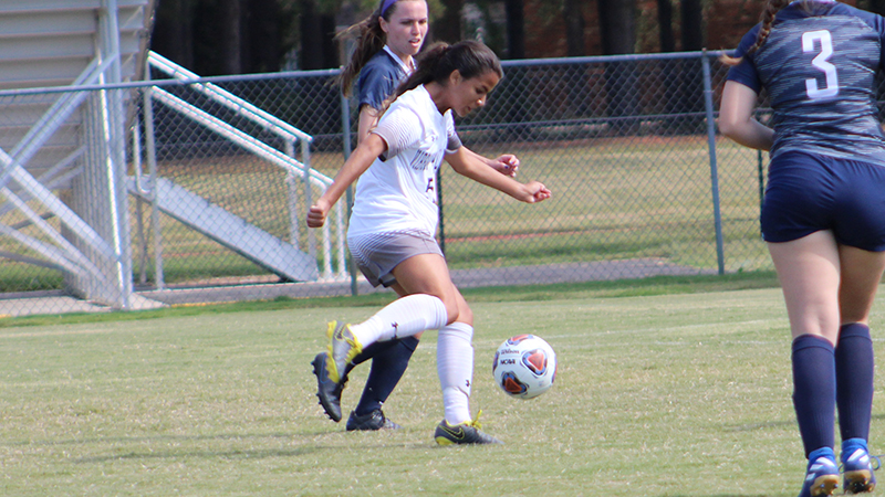 Women's Soccer Swats Wasps at Home