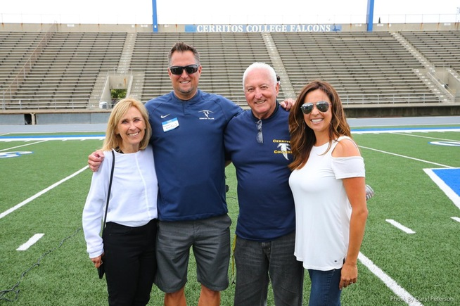 L-R Helen Mazzotta, Head Coach Dean Grosfeld, Frank Mazzotta and Kristy Grosfeld