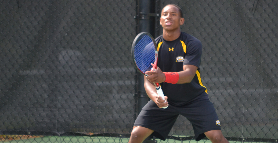 Carter and Svard Led Men's Tennis Past George Mason, 6-1