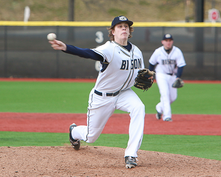 GU's Brandon Holsworth picked as a honorable mention for NCBWA Division III Pitcher of the Week