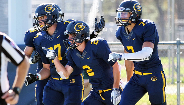 Football Preview: Blugolds travel to No. 17 Platteville