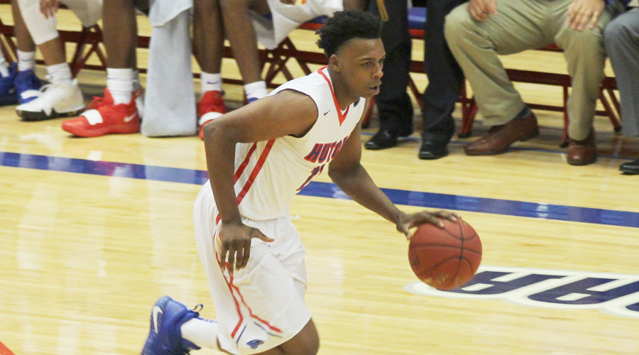 Malique Jacobs was one of five Blue Dragons in double figures in No. 9 Hutchinson's 88-55 win over Murray State on Friday in El Dorado (Casey Bailey/Blue Dragon Sports Information)