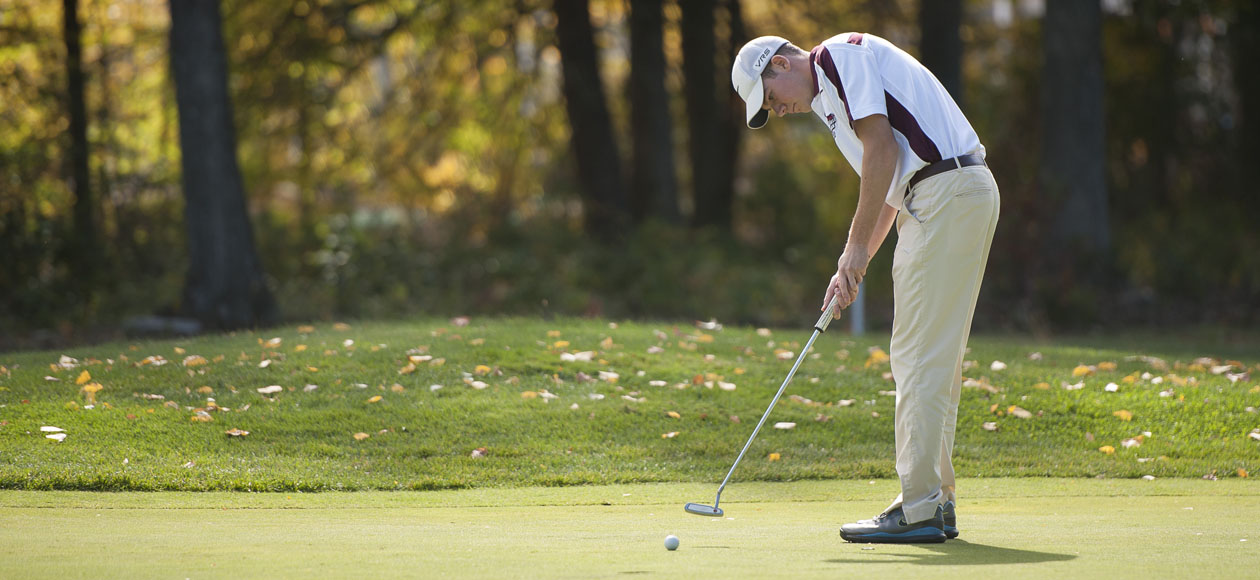 Golf In 14th After First Round Of Williams Invitational