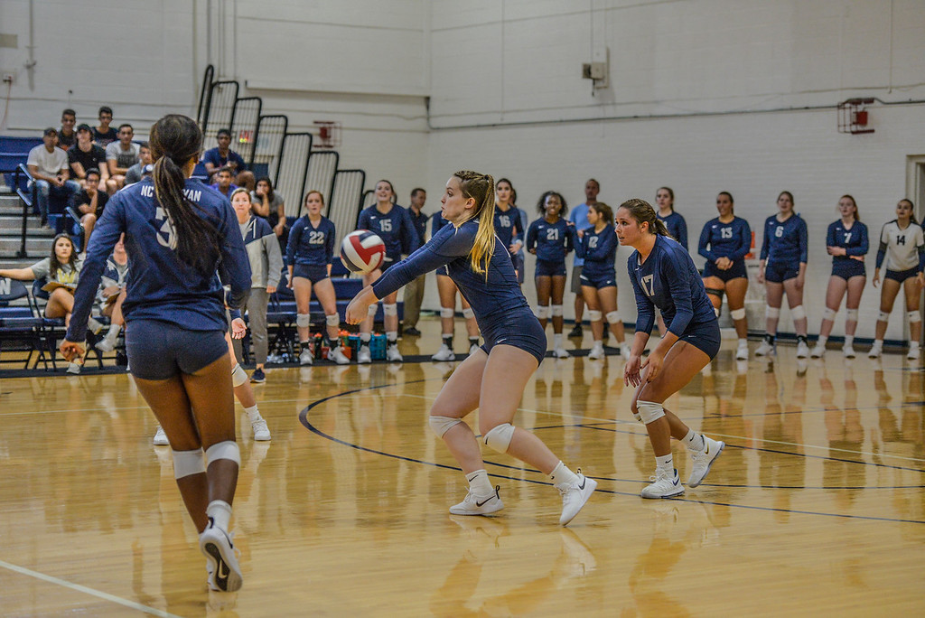Bishop Volleyball drops Match vs. Peace