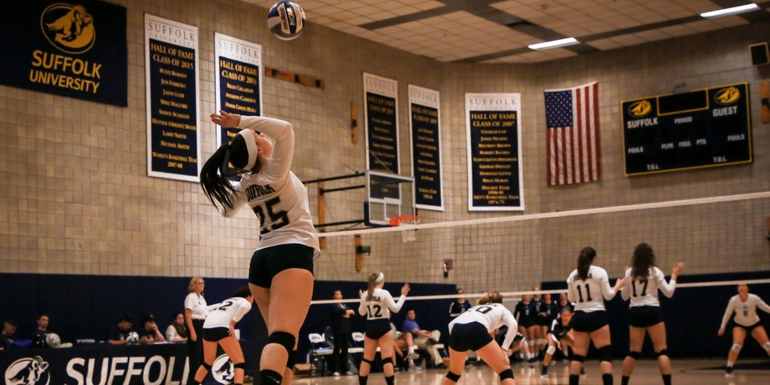Volleyball Sails Past Anna Maria in Straight Sets