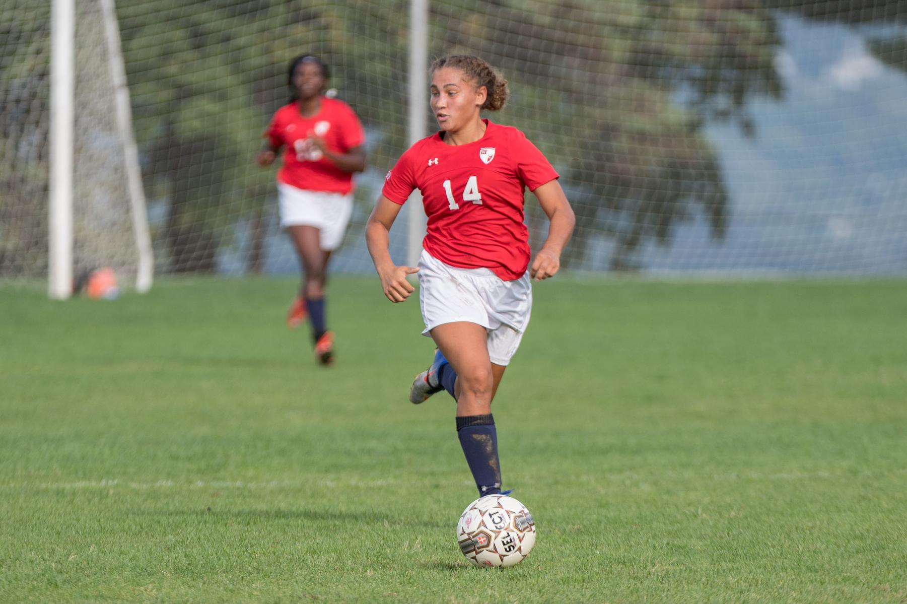 Women's Soccer Holds Off Holy Family at Home, 1-0