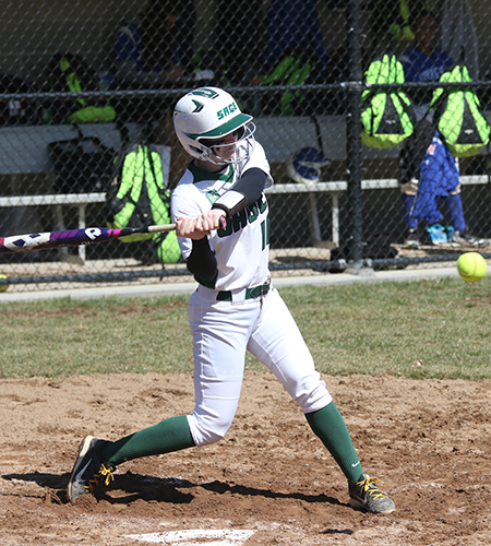 Gators Keep Skyline Title Hopes Alive in 8-0 Win Over Farmingdale