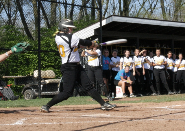 Panthers Pick Up Twinbill Split with Tiffin