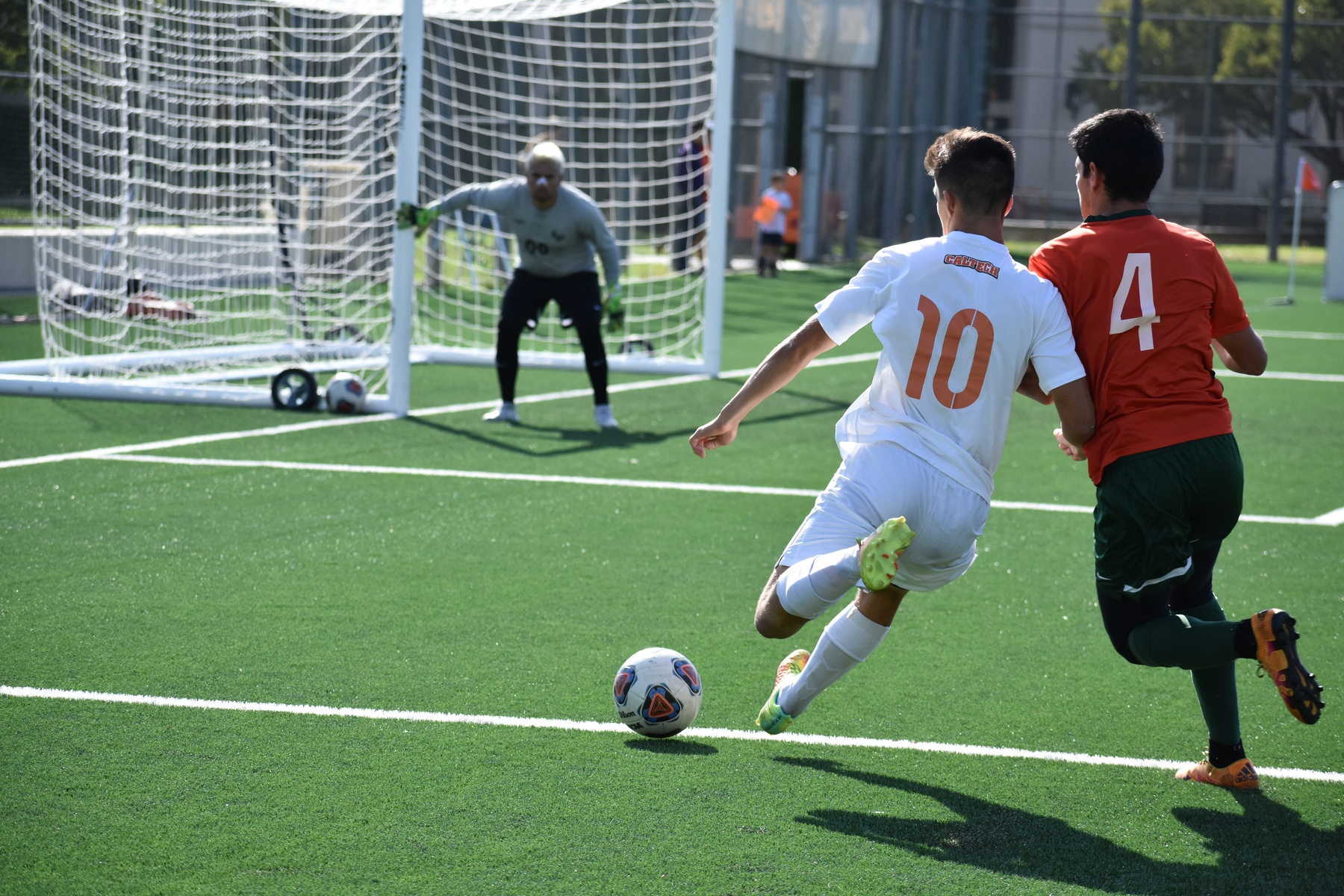 Men's Offense Creates Chances at La Verne