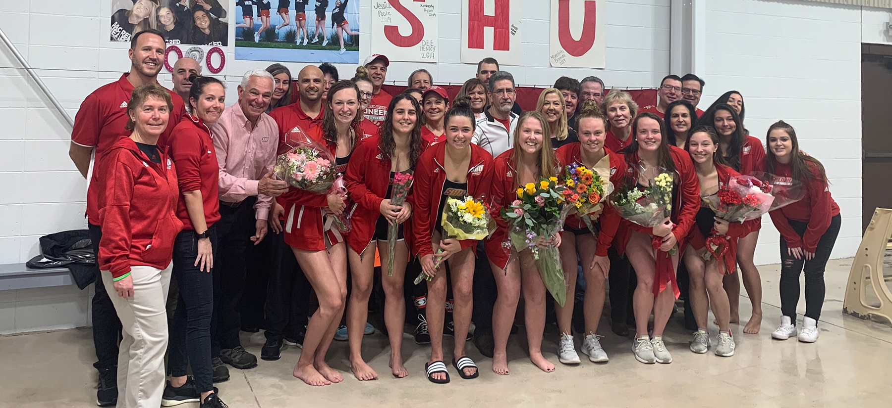 Swimming and Diving Defeats Siena on Senior Day 170-126