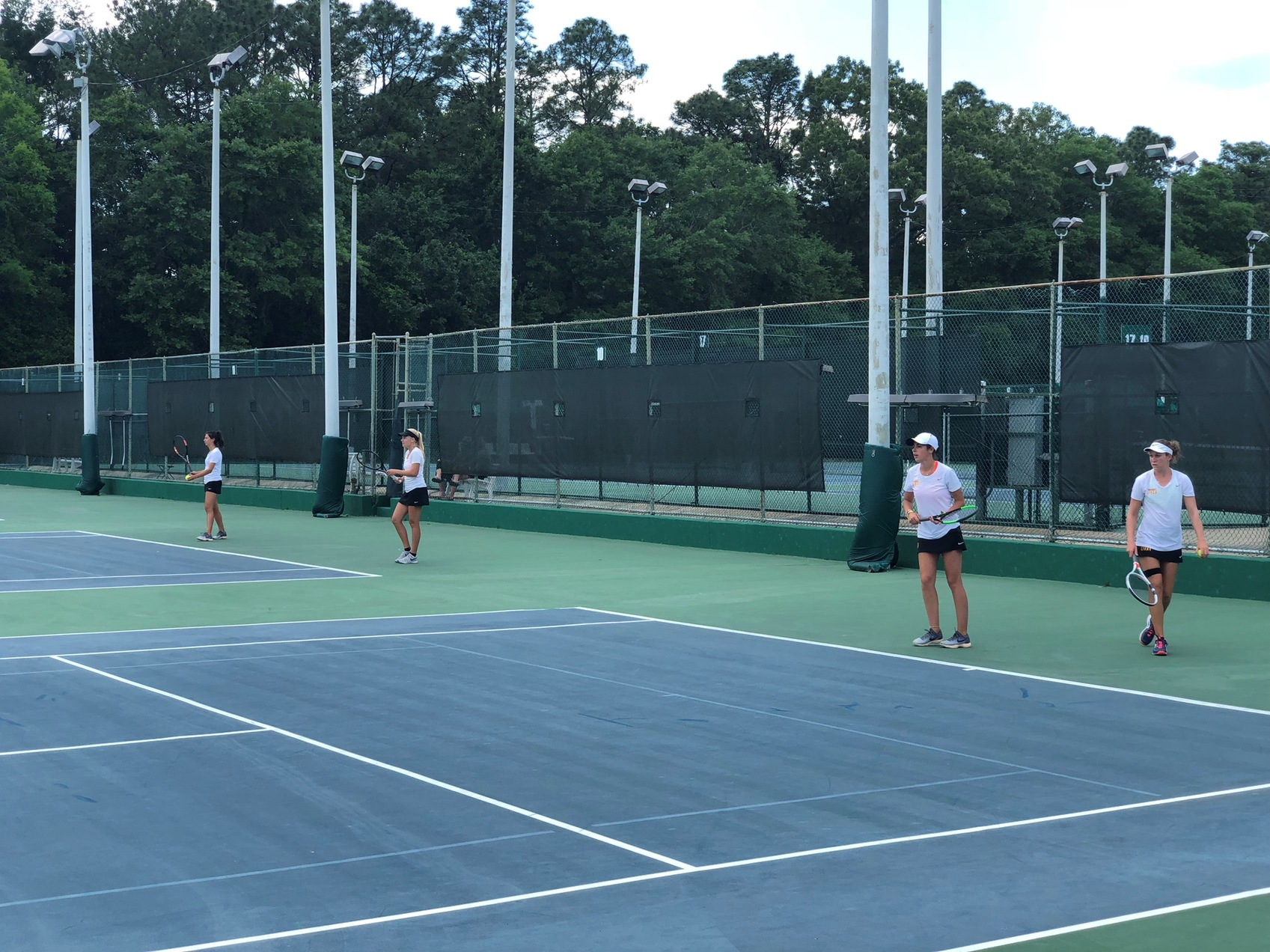 EC Women's Tennis Team reaches 12 straight wins!