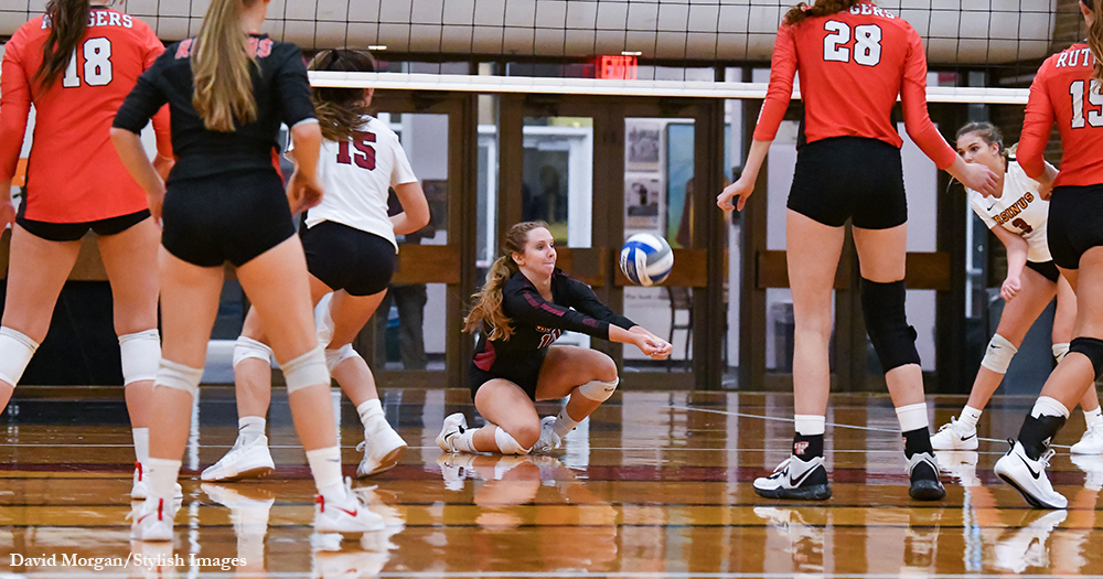 Volleyball Loses Two at Rowan