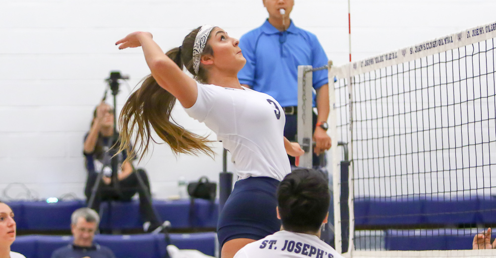 Women's Volleyball Dethrones King's to Push Home Record to 5-1