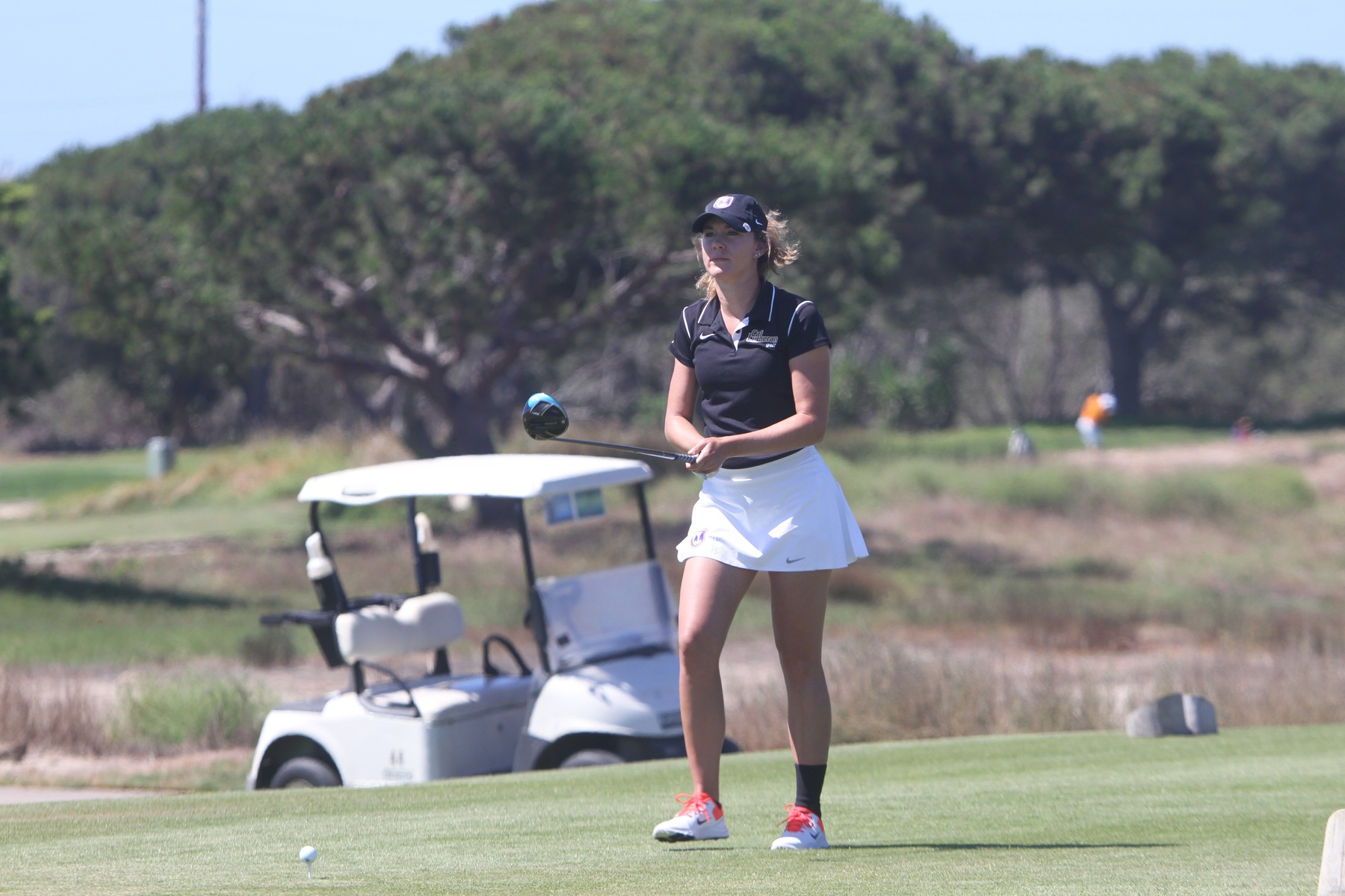 Ally Gaskill gets ready to tee-off at the CA State Intercollegiate.