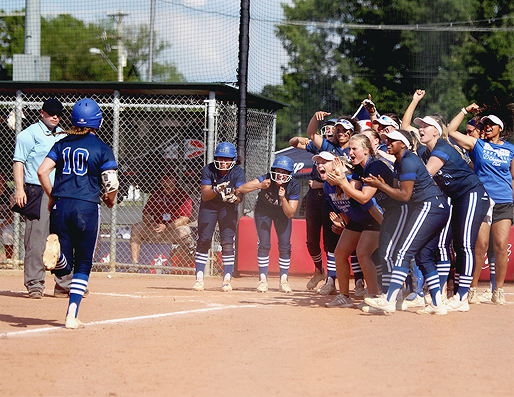 DMACC softball team finishes third in NJCAA DII Softball Championship