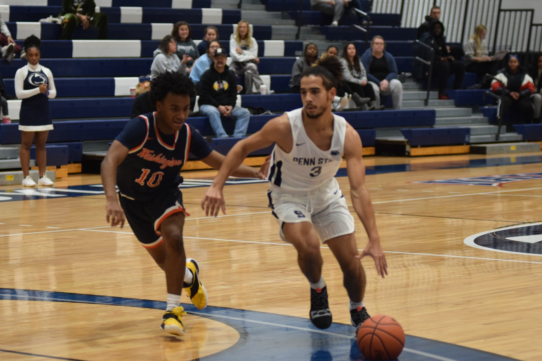 Schuylkill drops home opener to Washington Adventist, 78-55.