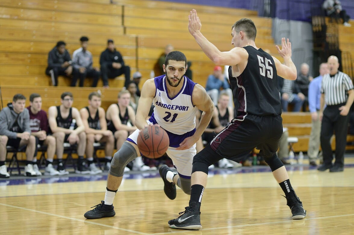 Men's Basketball Ups Win Streak To Three With An 84-68 Triumph At Bloomfield