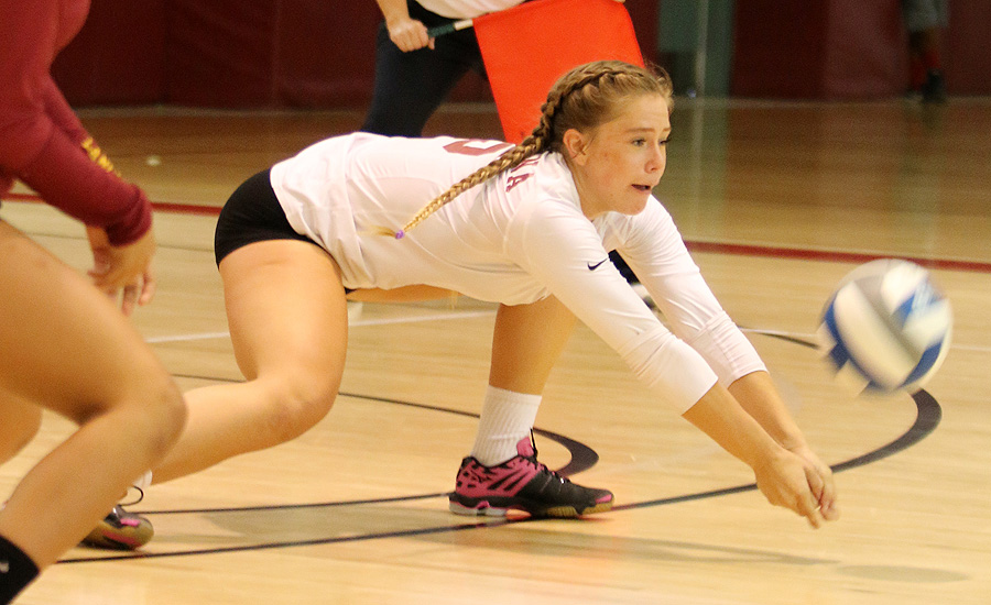 Amazing Rally Gives Volleyball Win In SCC Opener