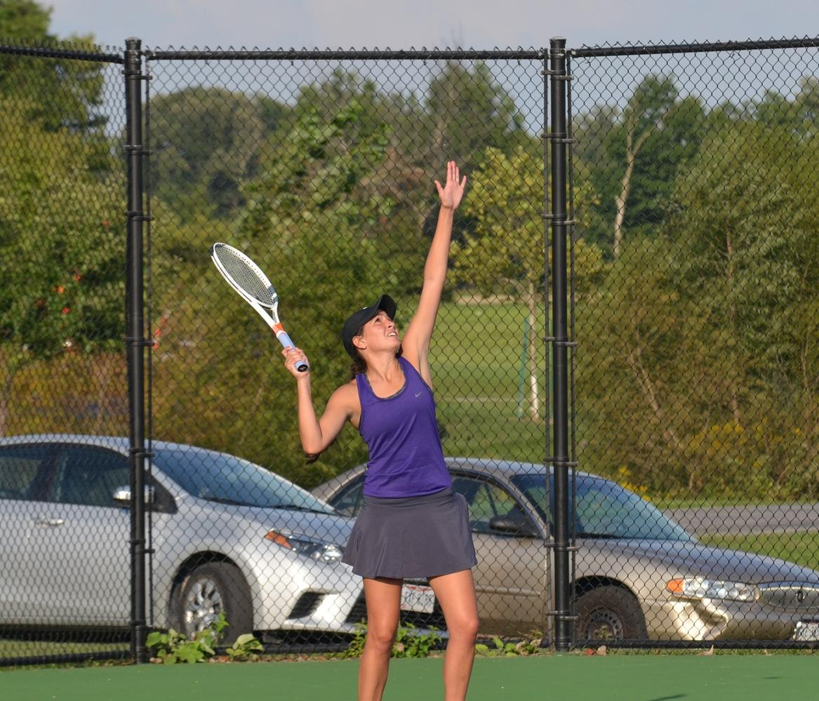 Singles Split Highlights HCAC Contest