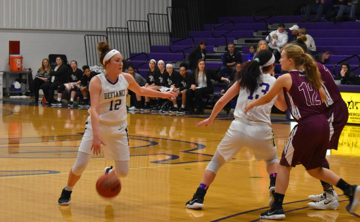 Women's Basketball Drops Contest with Rose-Hulman