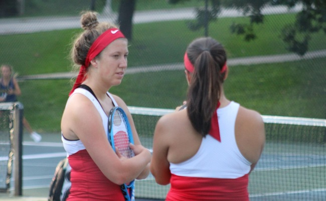 Women's Tennis Falls In Last Non-Conference Match Of Fall