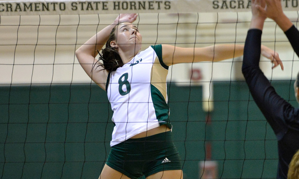 VOLLEYBALL FALLS TO 10TH-RANKED BYU