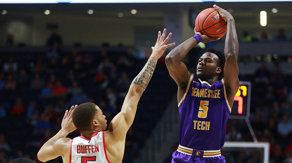 With solid effort at Ole Miss closing out non-conference slate, Golden Eagle men see progress along the way