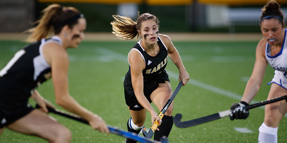 Field Hockey Cruises by Thomas, 6-1, in a Road Conference Match-Up