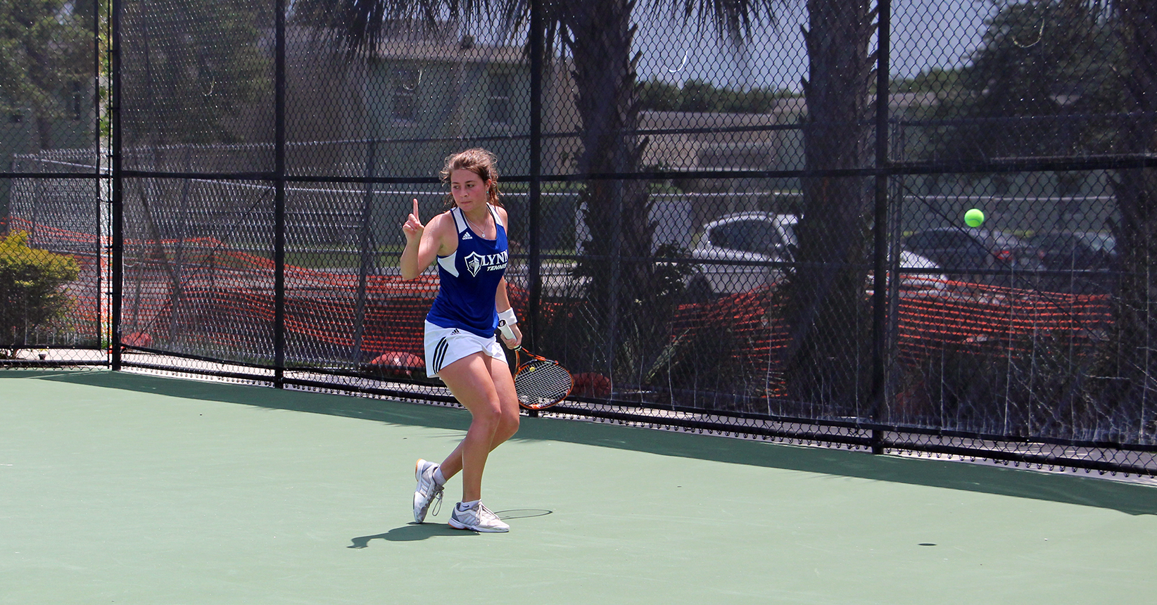 Willig Clinches Women's Tennis Upset over No. 2 Barry