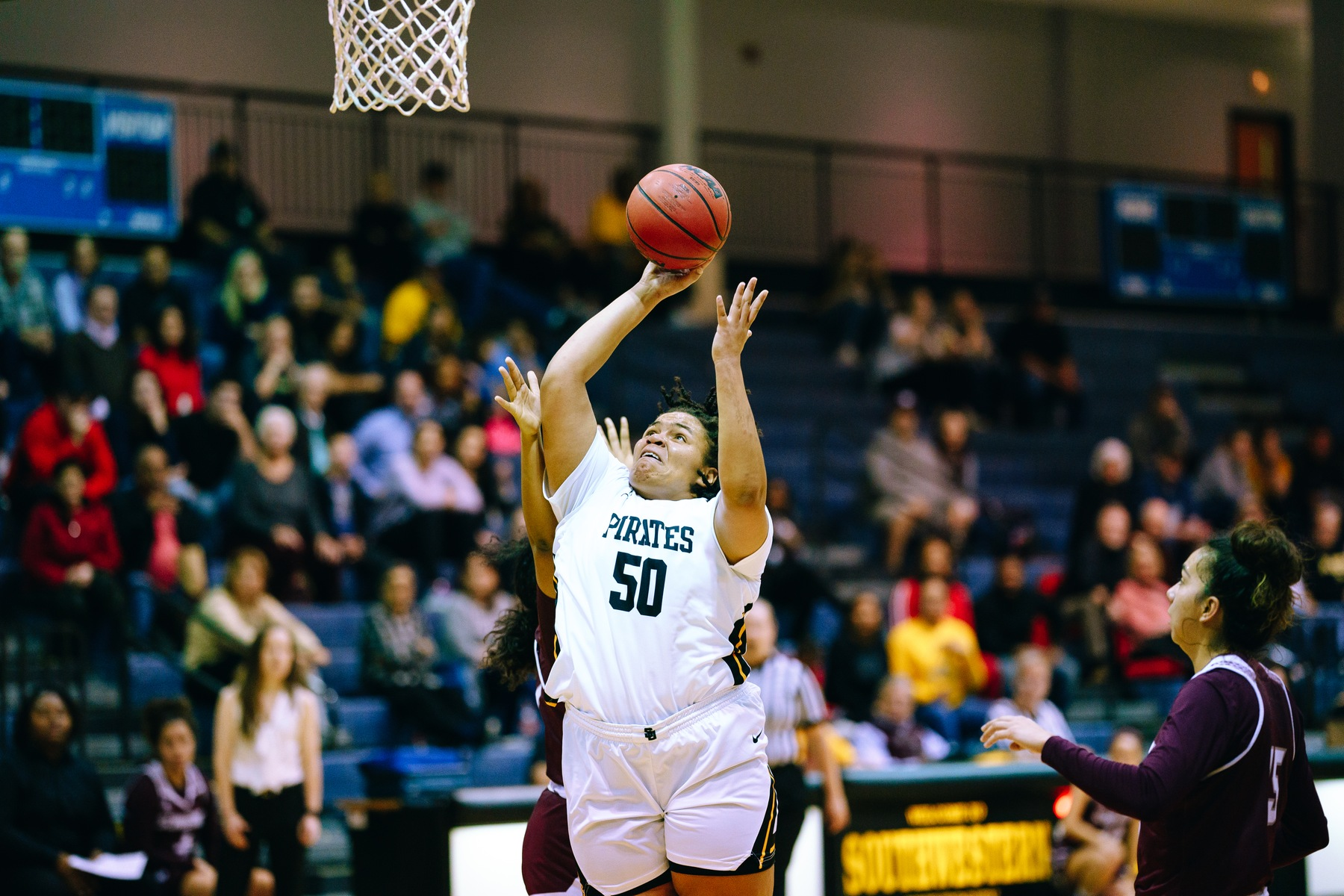 Women's Basketball Loses On The Road To Centenary