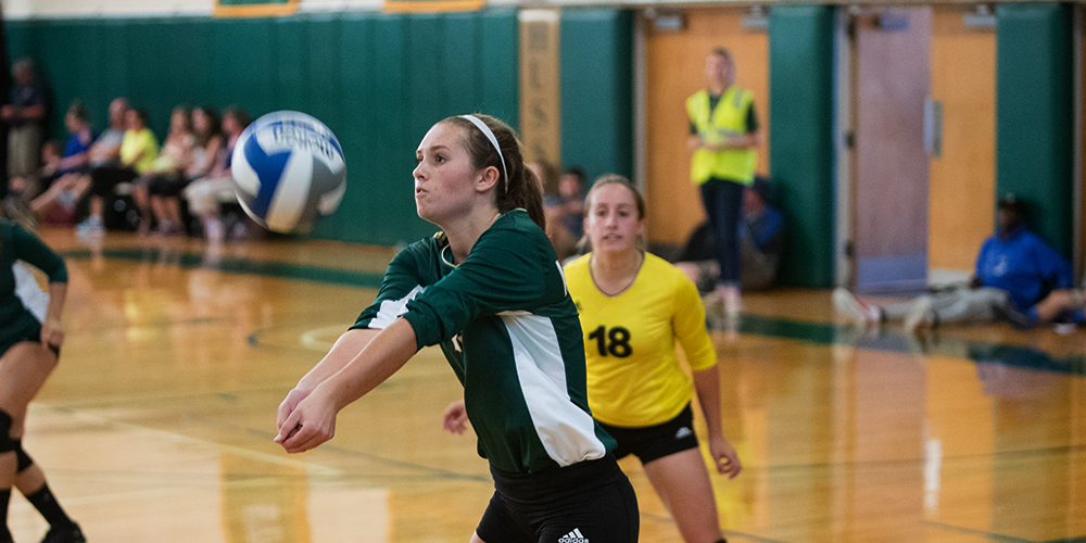 Eagles Finish Third in Husson Invite